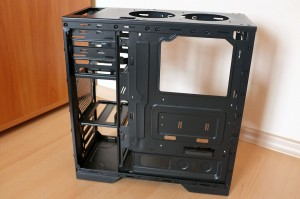 Antec GX500 chassis - behind MB tray