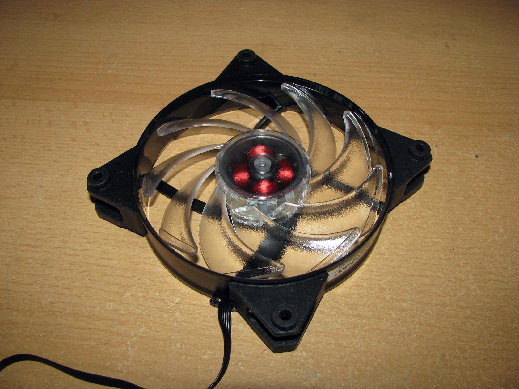 Cooler Master MasterFan Pro 120 Air Balance RGB and Pro 140 Air